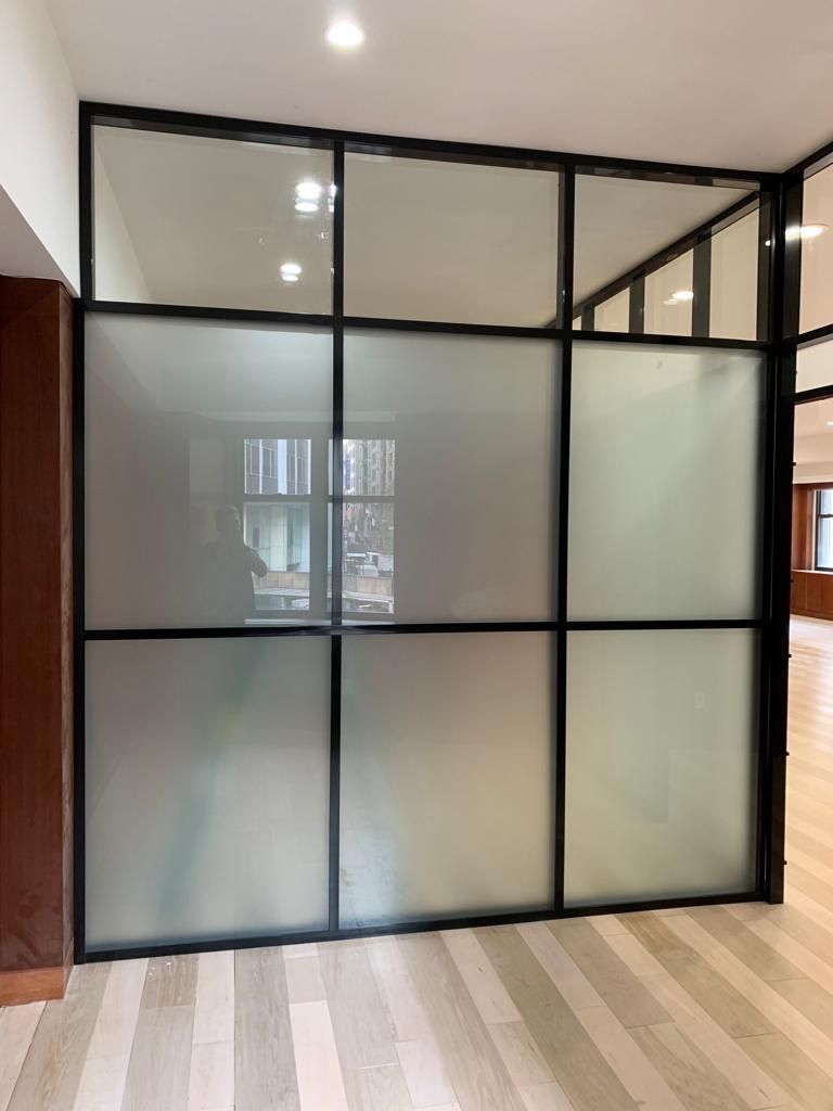 How Can Glass Partition Walls Benefit Your Workplace Financially?